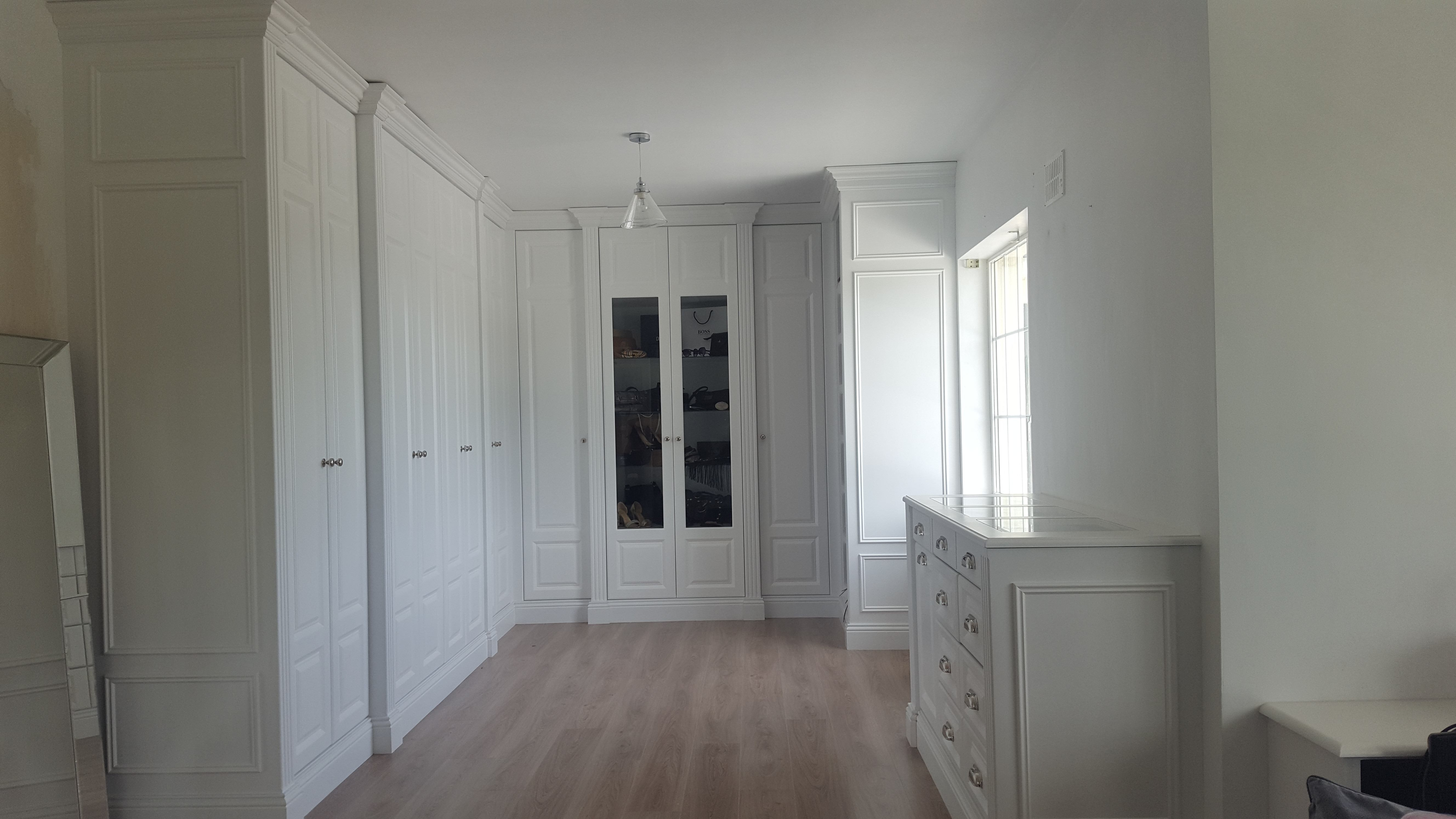 Bespoke bedroom bathroom furniture custom made in wexford karl cullen for Privacy solution between bedroom and bath
