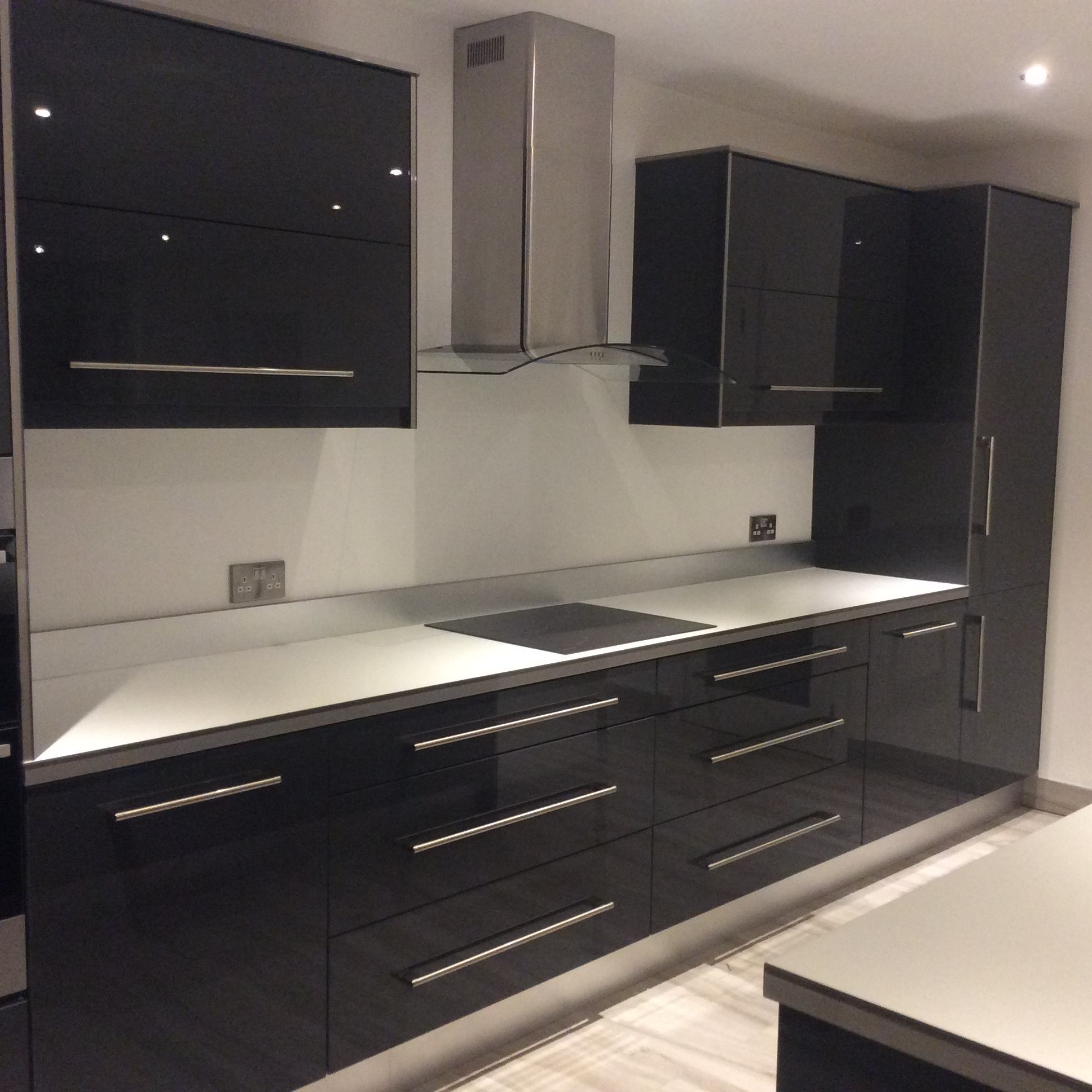 Gloss Black Kitchen Cabinets: Karl Cullen Fitted Furniture